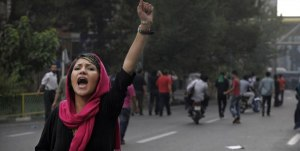 iran-images-from-the-uprising_592x299-7